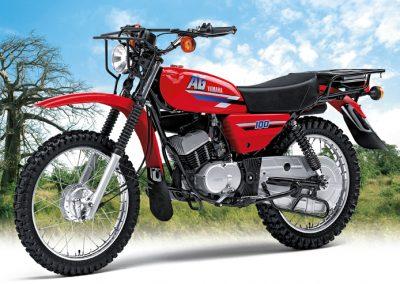 Yamaha-AG100